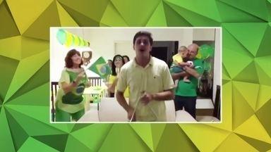 Confira os vídeos de Hugo Novaes e André Luís para 'Taça na raça, você na Globo' - Hugo Novaes juntou a família em Maceió e atacou de forró.