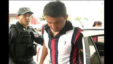 Na região de Açailandia, um homem foi preso portando uma arma de uso exclusivo da polícia - Ele estava em liberdade condicional.