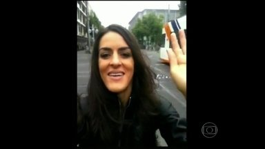 Da Alemanha, Luciana Paes manda recado para o Vídeo Show - Atriz estreia o quadro Cartão Virtual