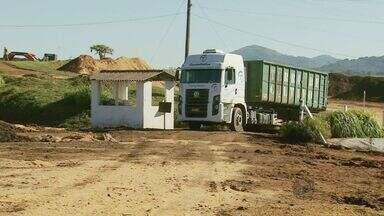 Moradores da zona rural de Machado reclamam de depósito de lixo industrial - Moradores da zona rural de Machado reclamam de depósito de lixo industrial