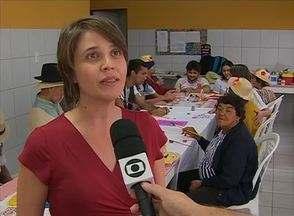 Universitários desenvolvem projeto em unidade de assistência a idosos - Serviços são oferecidos na Casa dos Pobres São Francisco de Assis.