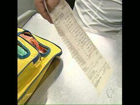 Consumidor tem que ser informado do valor dos impostos nos cupons fiscais - A lei passa a valer a partir de segunda-feira. Mas a fiscalização com multa para quem não se adequar só deve ser feita a partir de janeiro de 2015.