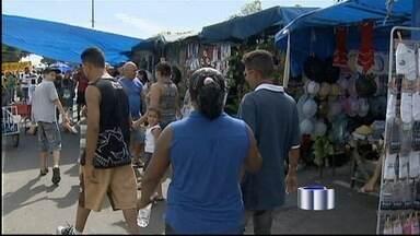 Prefeitura de aparecida vai recadastrar as barracas da feira da cidade - A medida foi tomada após uma operação da Polícia Civil prender sete pessoas suspeitas de comercializar ilegalmente pontos no comércio ambulante.