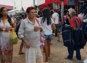 Movimento de 70 mil compradores gera lucro, mas causa transtornos no trânsito de Caruaru - Vendas da Sulanca podem crescer até 12%, prevê associação.