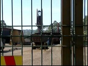 Declínio em siderúrgicas resulta em demissões em Divinópolis - Cerca de 300 profissionais ficaram desempregados em oito meses. Mesmo com 10 empresas paradas na região, MG é maior produtora do país