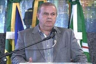 Prefeito de Goiânia avalia crise econômica e greves - Paulo Garcia fez um pronunciamento no Paço Municipal para jornalistas e comentou que pedido de impeachment é uma estratégia política.