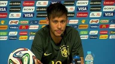 Neymar completa 50 jogos na Seleção nesta quinta-feira (12) com números impressionantes - ão 31 gols pela seleção. Nos primeiros 50 jogos por Portugal, Cristiano Ronaldo marcou 19 gols. E Messi com o mesmo número de partidas, apenas 13 gols. Outra comparação que impressiona: Neymar já estreou balançando as redes contra os Estados Unidos.