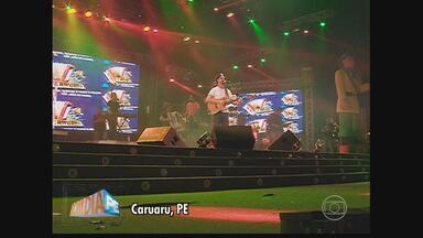 Multidão se reúne para assistir shows em Caruaru - Música de Luiz Gonzaga e de Jackson do Pandeiro são presenças constantes na cidade.