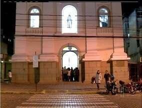 Festa de São João Batista movimenta Nova Friburgo, RJ - Tradicional festa na praça começou nesta sexta-feira (20).Padre Fábio de Melo se apresenta na terça-feira (24).