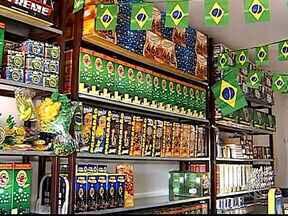Venda de fogos de artifício aumenta em Uberlândia - Festas juninas e Copa do Mundo impulsionam as vendas. Comerciantes esperam um aumento de até 70% em comparação com o mesmo período do passado.