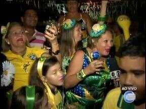 Teresinenses comemoram classificação com vitória do Brasil sobre Camarões - Teresinenses comemoram classificação com vitória do Brasil sobre Camarões