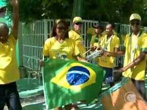 Torcida prepara a festa no início da tarde nas ruas de Teresina - Torcida prepara a festa no início da tarde nas ruas de Teresina