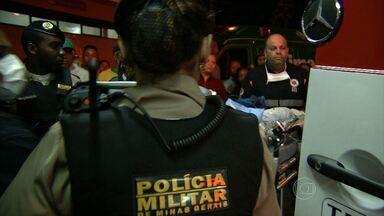 Tiroteio deixa feridos em aglomerado de Belo Horizonte - Segundo PM, crime ocorreu em bar quando grupo via jogo do Brasil.