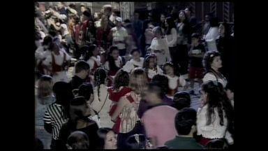 Santa Teresa recebe segundo dia de 'Carretela del Vin', no ES - O evento foi realizado pela primeira vez a noite. Hoje a dupla Munhoz e Mariano se apresentam no evento.