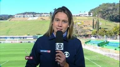 Fernanda Gentil traz novas informações sobre a seleção brasileira direto da Granja Comary - Repórter comenta mudança no ataque da seleção: Fred sem bigode