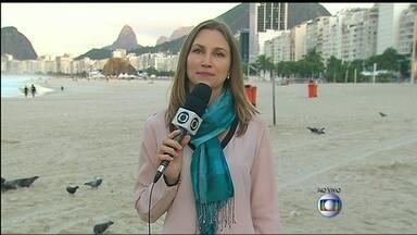 Torcedores devem deixar o Rio nesta segunda-feira (14) - Muitos argentinos que vieram ao Rio para a final da Copa devem voltar para casa de ônibus. A movimentação de passageiros na Rodoviária Novo Rio deve ser grande na parte da tarde, quando partem ônibus para Buenos Aires.