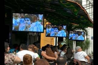 Em Belém, torcedores se reuniram para assistir à final da Copa do Mundo - Grupos acompanharam jogo em bares ou em casa e torceram pela seleção preferida.