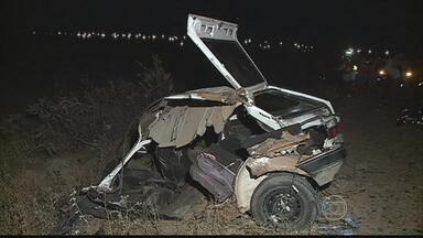 Três pessoas de uma família morrem em acidente em Petrolina - Veículo estava com excesso de passageiros, segundo a Polícia Militar.