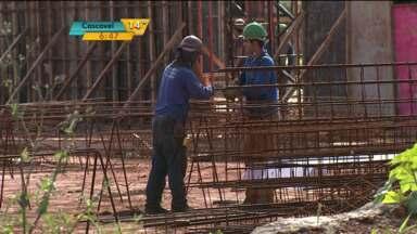 Obras do Teatro Municipal de Londrina estão atrasadas - Primeira fase deveria ter sido concluída neste mês.