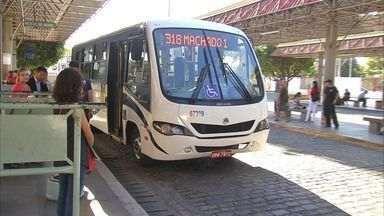 Começa hoje a circulação de vans dentro dos terminais de ônibus - Acompanhe o primeiro dia de mudança.