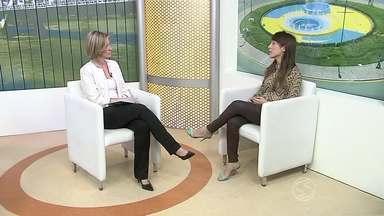 Vitiligo é tema de entrevista de estúdio no RJTV - Dermatologista fala sobre a origem, a prevenção e o tratamento para a doença. Psicóloga fala sobre preconceito de quem sofre com o problema.