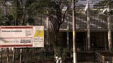 Saiba quais reformas em teatros de São Paulo que nunca acabam - O Teatro Arthur Azevedo na Mooca está fechado há dois anos. No Paulo Eiró, em Santo Amaro, as obras pararam.