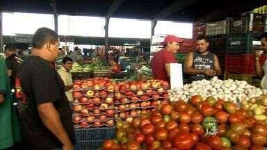 Falta de chuvas no Ceará eleva os preços dos produtos na Ceasa - Feijão verde, abóbora e tomate têm grandes reajustes.