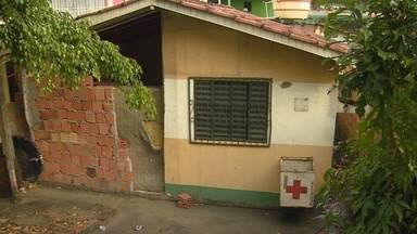 Moradores reclamam de unidade de saúde desativada em Manaus - Problema ocorre no bairro Petrópolis.