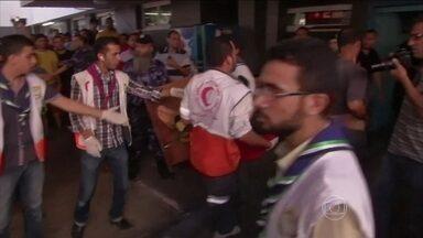 Chefe humanitária da ONU diz que cessar-fogo em Gaza é vital - O conflito entre Israel e o Hamas entrou na terceira semana. Mais de 700 palestinos e 30 israelenses morreram até agora. A chefe da missão humanitária das Nações Unidas na região afirmou que a situação é terrível.