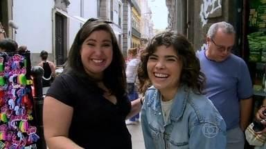 Vídeo Show visita camelódromo de Império - Vanessa Giácomo afirma que adora uma feira