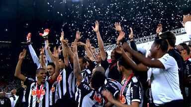 Com muita emoção, Atlético-MG é campeão da Recopa Sul-Americana - Com muita emoção, Atlético-MG é campeão da Recopa Sul-Americana
