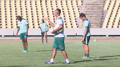 Lisca comanda o seu primeiro treino no Sampaio - Treinador observa algumas alterações na equipe para o confronto contra o Vila Nova no próximo sábado