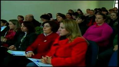 Fórum Regional de Educação em Mariano Moro se encerra nesta sexta (25) - Entre os temas debatidos está a alfabetização.