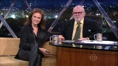 """Jô Soares entrevista Jacqueline Bisset - Atriz está no Brasil para promover o filme """"Bem-vindo a Nova York"""", dirigido por Abel Ferrara e coestrelado por Gérard Depardieu, que estreia em novembro. A obra integra a amostra do 6º Festival de cinema de Paulínia, do qual ela é uma das convidadas"""