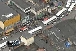 Uma pessoa morre e 4 ficam feridas em tentativa de assalto em Salvador - Veja nas imagens do Redecop.