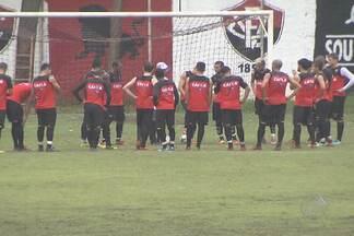 José Wélison entra no lugar de Adriano em jogo contra o Grêmio - Vitória e o time gaúcho se enfrentam neste sábado (2), no Barradão, em Salvador.