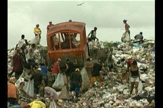 Justiça determina cadastramento de trabalhadores em lixões - Belém e mais sete municípios do Pará devem cumprir decisão da Justiça Federal e realizar cadastramento.