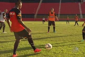 Vitória afina o time para duelo contra o São Paulo, no Morumbi. - Confira as notícias do rubro-negro baiano.