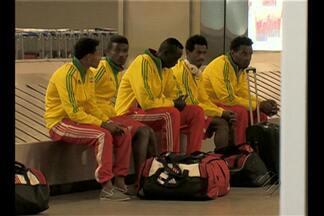 Etiópia desembarca no Brasil para série de amsistosos - Seleção africana vem ao país para divulgar seu futebol e começar os preparativos para as eliminatórias da copa de 2018