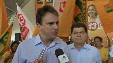 Camilo Santana promete construção de novas escolas profissionalizantes - CETV acompanha o dia a dia dos candidatos.