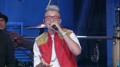 MC Gui canta a sua nova música ''Sonhar'' - Cantor se apresenta pela primeira vez com um quarteto de cordas