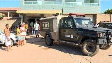 Ex-policial suspeito de assassinar advogado é morto em Vitória - Silvio Romero Júnior foi morto dentro de um restaurante. Ele era suspeito de envolvimento na morte do advogado Marcelo Denadai.