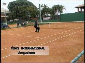 Cerca de 80 criancas participam de torneio internacional de tênis em Uruguaina, RS - Jogadores de 4 a 20 anos participaram das partidas.
