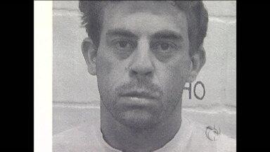 Skinhead acusado de matar jovem em Curitiba é condenado - Fernando Santana foi condenado a 16 anos de prisão em regime fechado. A defesa deve entrar com recurso para pedir redução da pena
