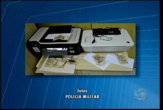 Três homens foram presos em Salgueiro suspeitos de falsificação de cédulas de dinheiro - A polícia apreendeu mais de R$2 mil em notas falsificadas