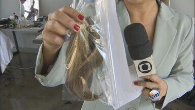Ação na USP arrecada cabelos para doar perucas a crianças com câncer - Ação na USP arrecada cabelos para doar perucas a crianças com câncer.