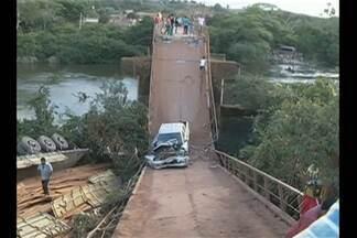 Desvio para uma estrada vicinal é solução de tráfego no sudeste do estado - Essa foi a medida emergencial encontrada pelo Dnit para substituir a ponte que desabou na rodovia Transamazônica, em Pacajá.