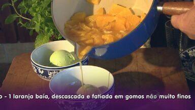 Fernando Kassab ensina calda para complementar sobremesa - Receita leva laranja e vinho branco para acrescentar no sorvete.