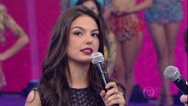 Isis Valverde relembra primeiros momentos da sua vida e carreira - Atriz também falou sobre acidente e recebeu elogio da atriz Patricia Pillar