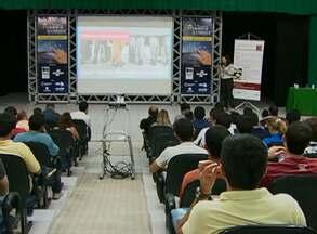 Seminário abordou vendas pela internet, em Santa Cruz do Capibaribe - Objetivo foi mostrar as vantagens deste meio eletrônico para empresários e interessados no tema.